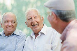 socialisation-friends-support-men-together